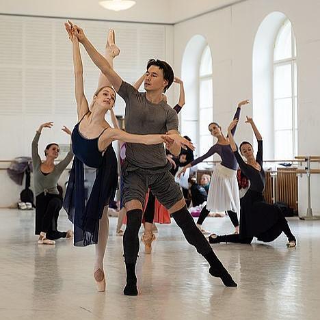 Menesztették a bécsi Állami Operaház balettiskolájának ügyvezető igazgatóját és művészeti vezetőjét